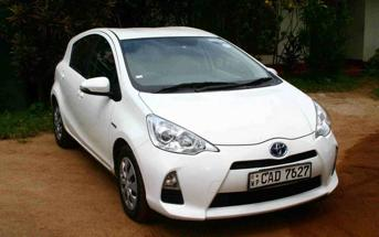 Toyota Aqua in Sri lanka Rent a car